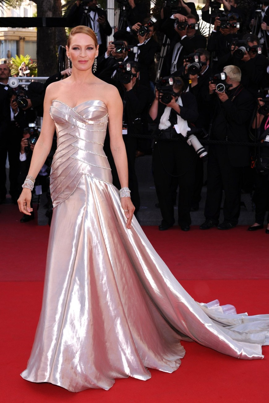 Uma Thurman in Atelier Versace.